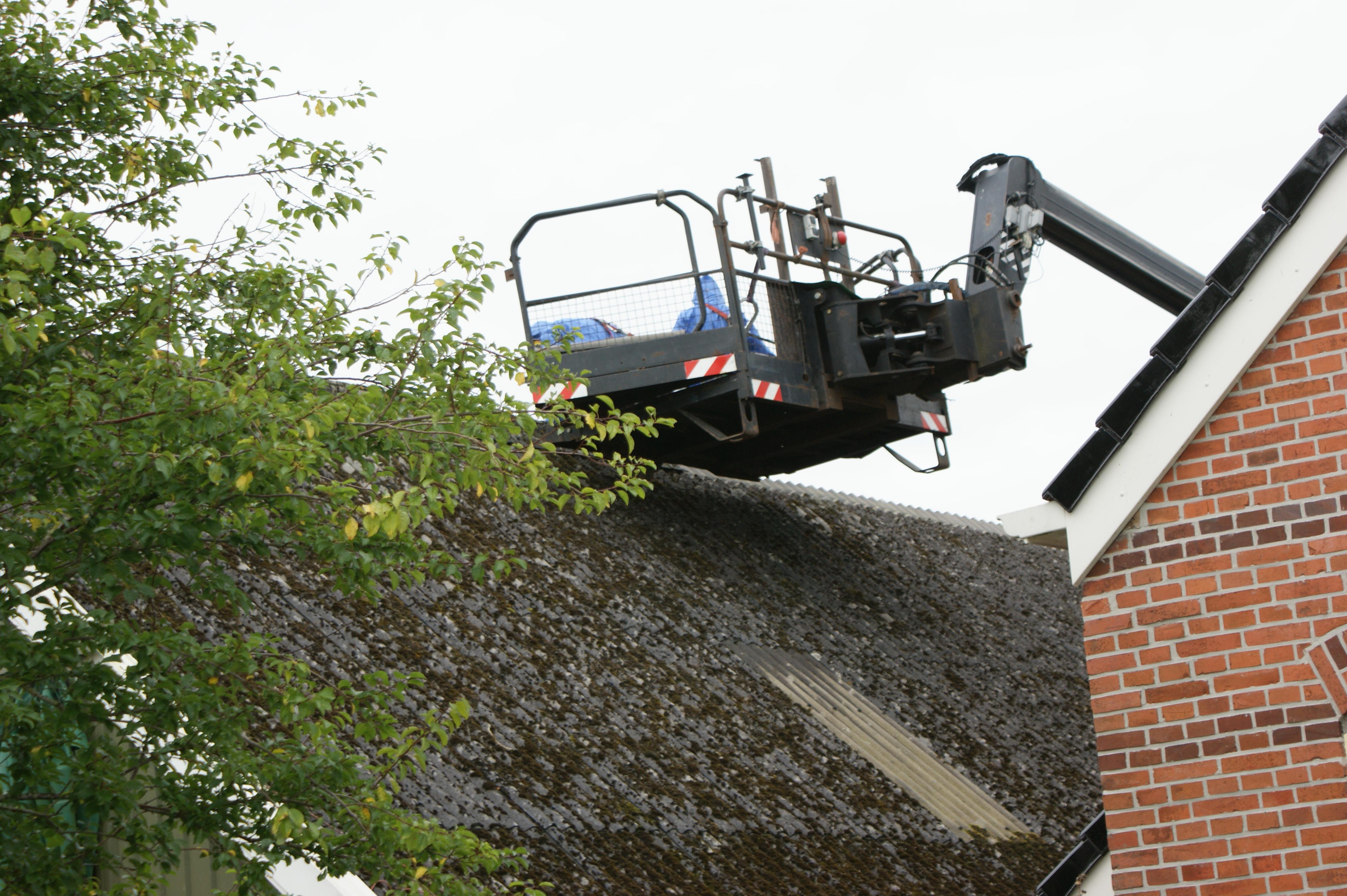 Particulieren en bedrijven krijgen subsidie voor sanering asbestdaken